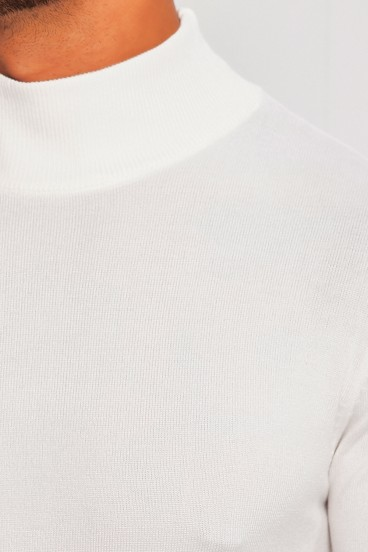 Pull fin col montant blanc